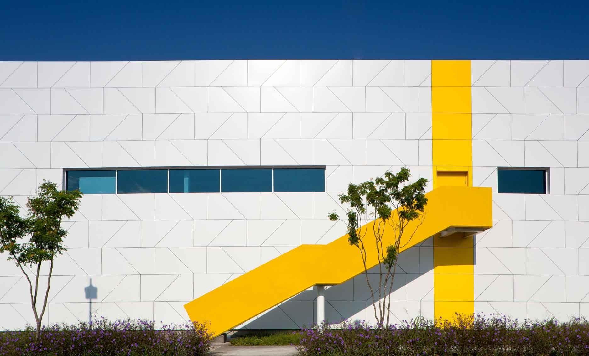 Centro de Tecnologia e Inovação XIGNUX / Bernardo Hinojosa © Francisco Lubbert