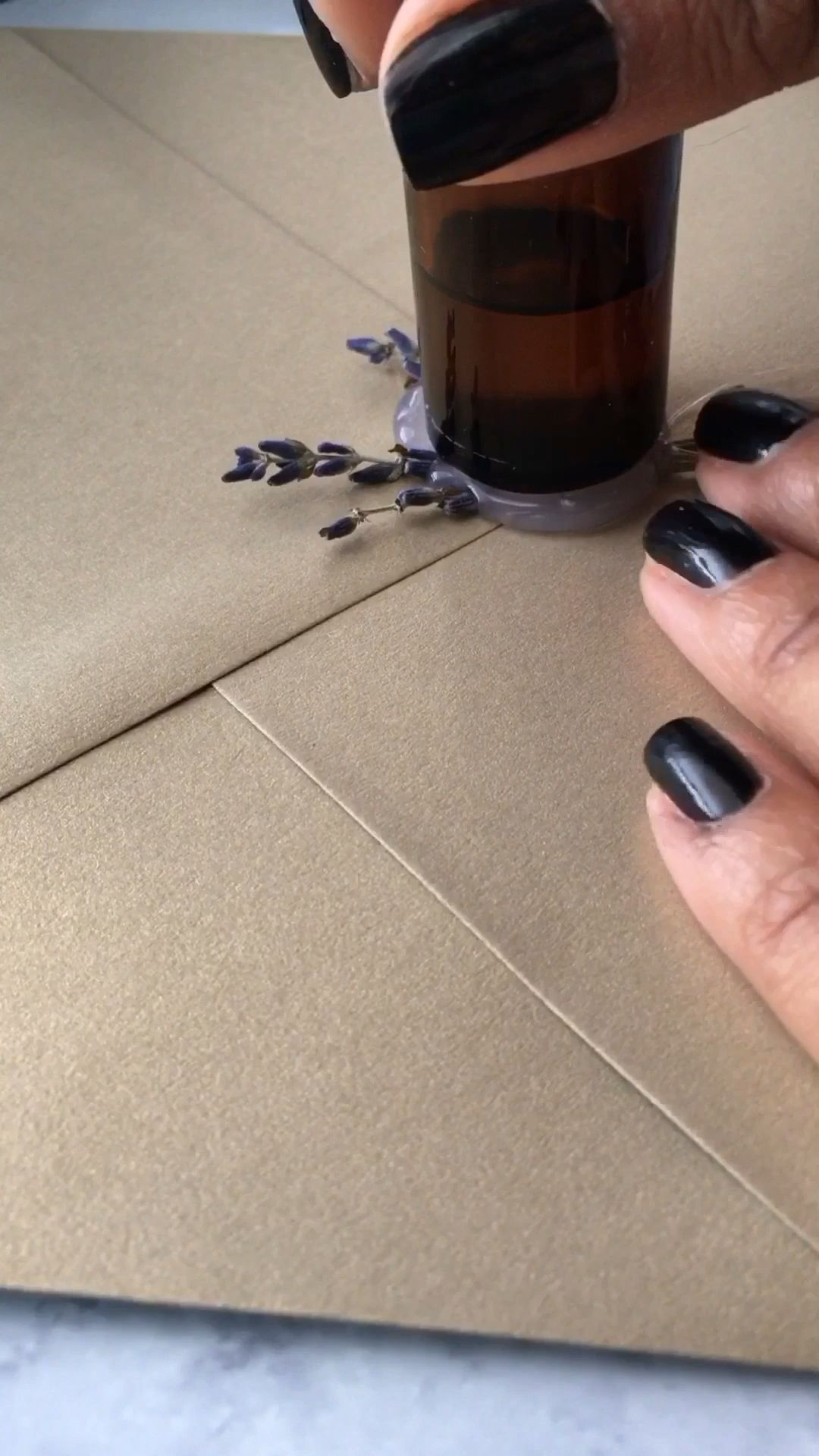 DIY Wax Seal with Glue Gun and Gluesticks!