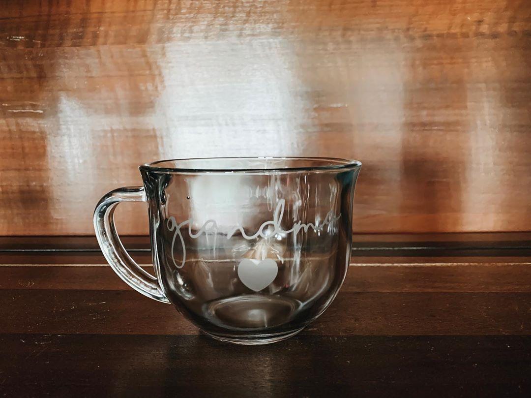 Product Spotlight: Etched glass grandma/grandpa mug! . . . . .
