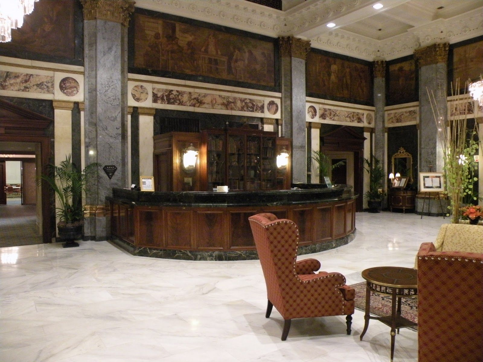 Embassy Suites Orlando — Lake Buena Vista South |Hotel Front Office Lobby