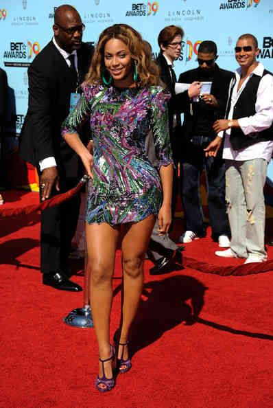 Beyonce's Height | Beyonce Age, Bra Size, Height, Weight ...