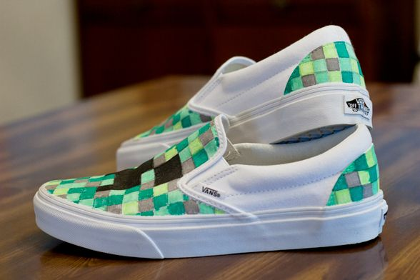b941732d81 DIY Minecraft Shoes - Vans