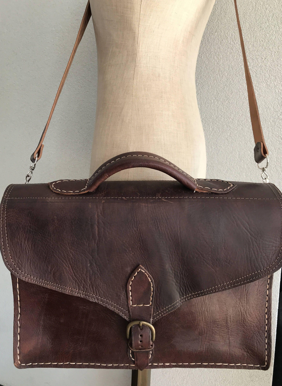 b93f7d2a776 Vintage new old stock darkbrown leather schoolbag bookbag businessbag or  laptopbag door MORETHANVINTAGENL op Etsy