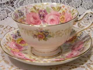 Vintage ROYAL ALBERT Teacup and Saucer, Serena Pattern
