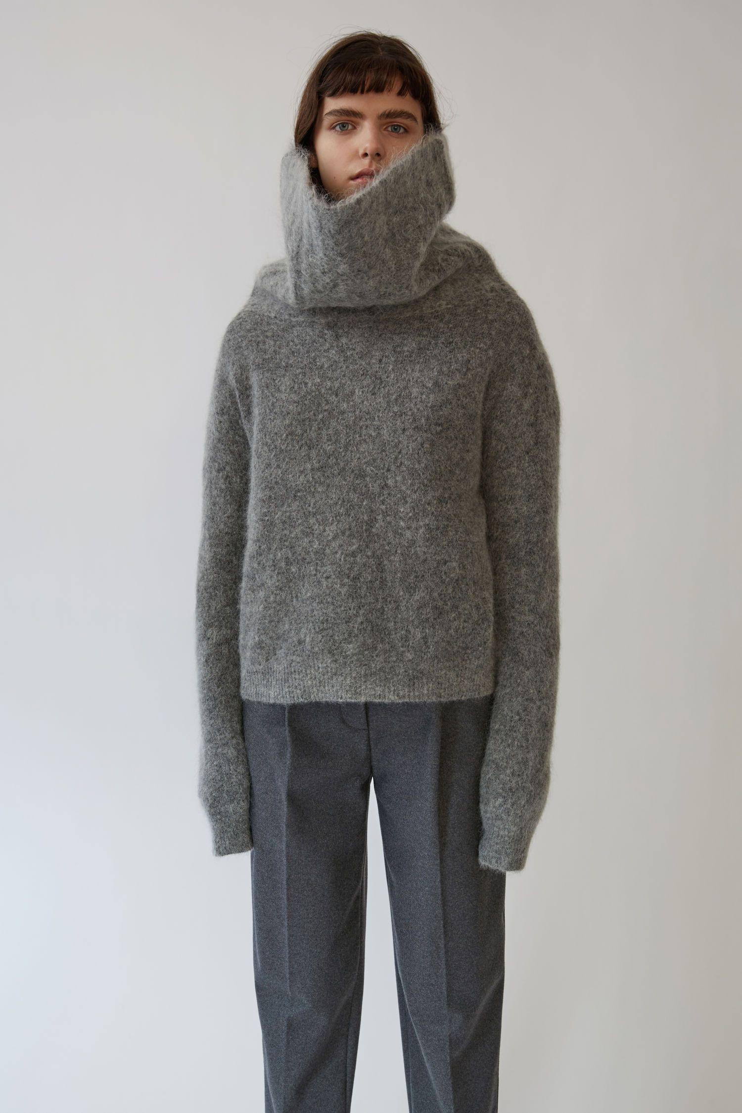 Acne Studios Raze Mohair Mélange de gris 1500x 001   Turtleneck ... 483f6cbb955