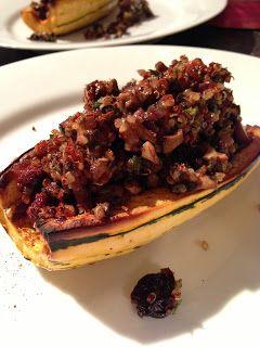 More Squash! : Mushroom & Quinoa Stuffed Squash   Eat Your Fruits and Veggies!