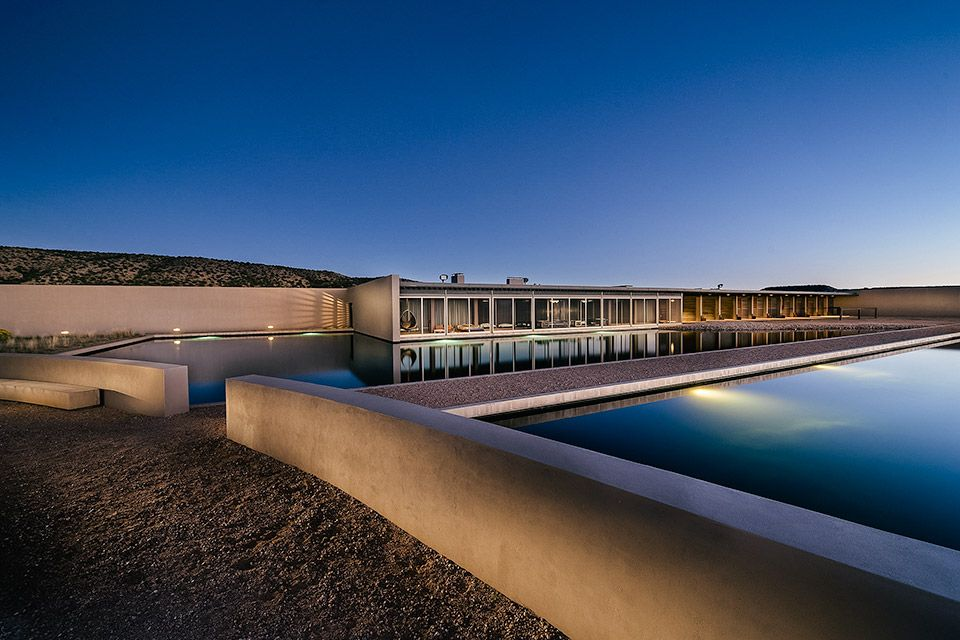 Tom Ford S Santa Fe Ranch Architecture Tom Ford Celebrity Homes For Sale
