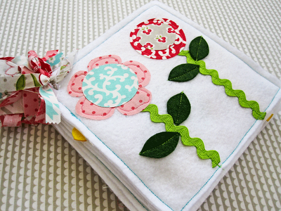Everyday Celebrations: tutorial: Sweet Flowers Quiet Book