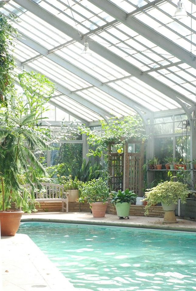 12 Dream Greenhouses to Make You Green With Envy | Indoor ...