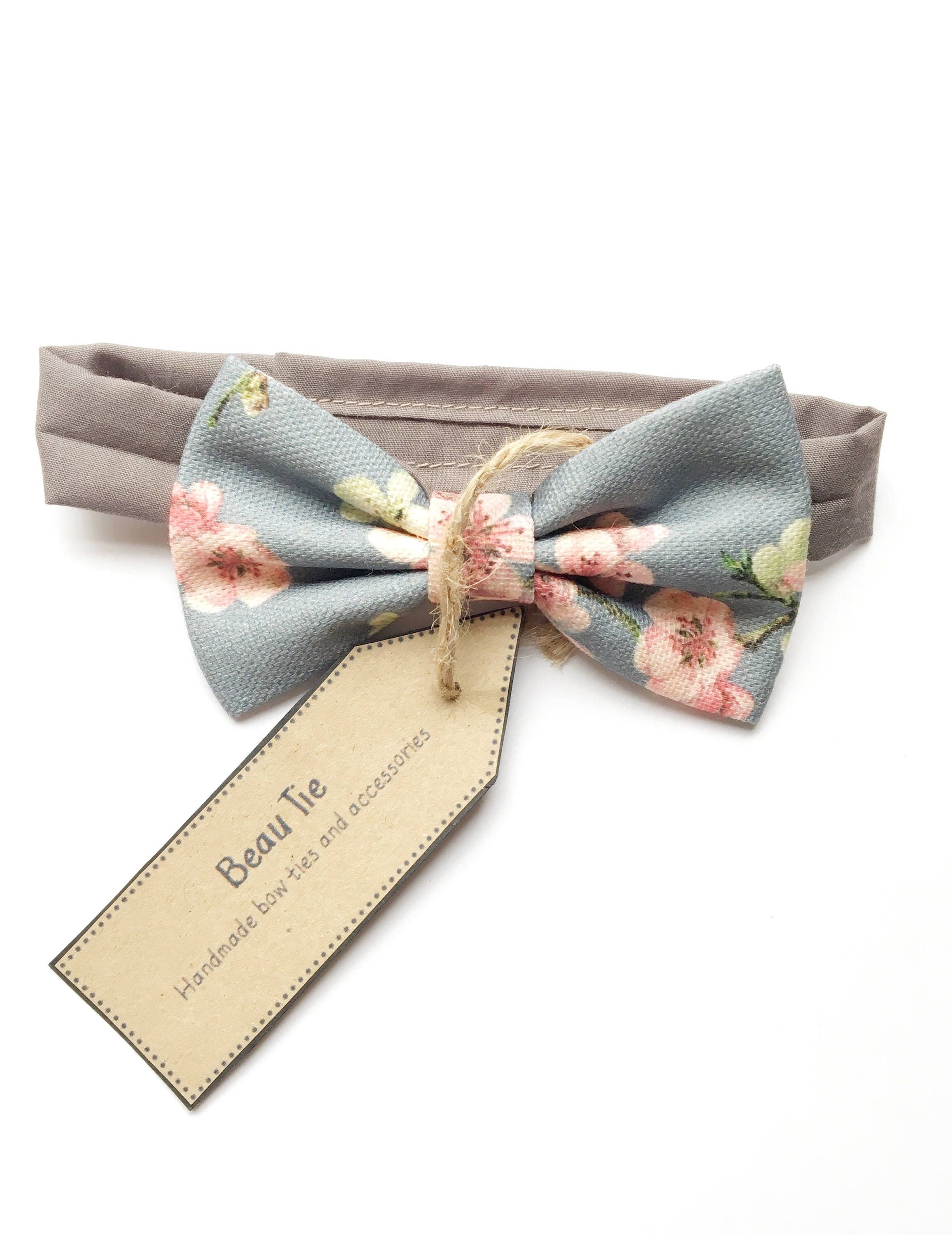 a0e5eaeb25841 Baby boys bow tie, kids bow tie, floral bow tie, pink and grey bow ...