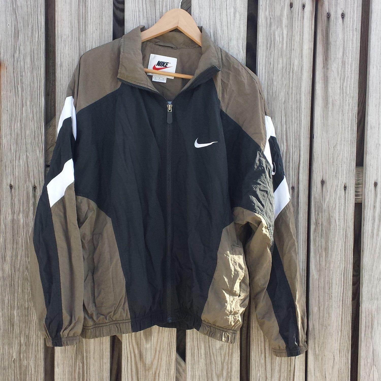 Vintage Mens Nike Windbreaker Jacket Full Zip Black and Tan - SZ L by  TomieHarleneVintage on Etsy 08728d465
