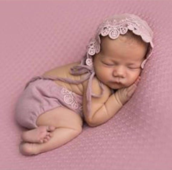 Newborn photo prop set newborn pink girl romper and bonnet lace set baby photo