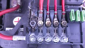 Electrical Fuse Box Above Battery Melting Motor Vehicle Maintenance Repair Stack Exchange Fuse Box Electrical Fuse Fuses