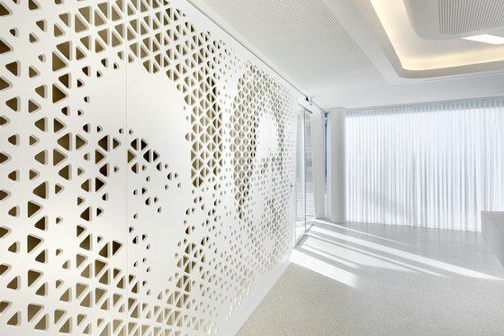 Loch-Fassaden Perforierte Architektur-Materialien Fassaden - futuristische buro einrichtung mit metall 3d wandpaneelen