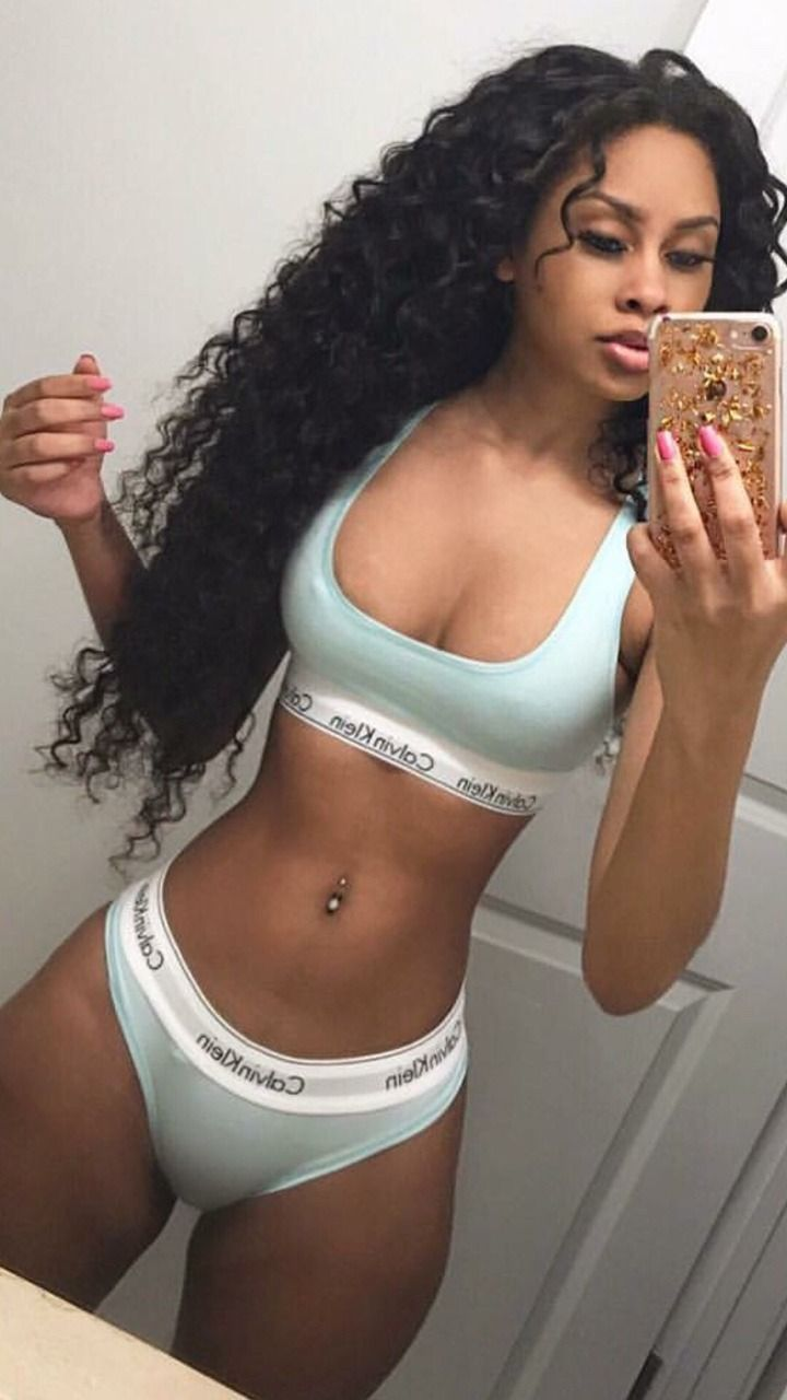 Sexy Ebony Selfie Pics