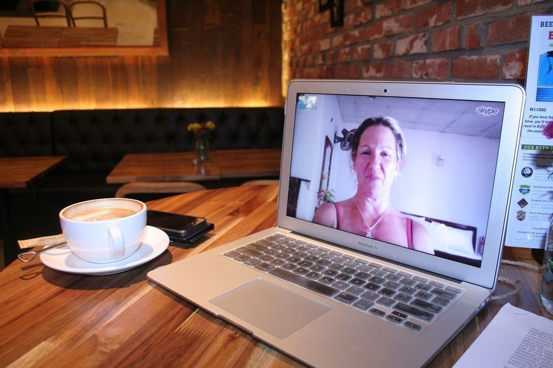 Rencontre femme sur skype site de rencontres lesbienne cokine rencontrer