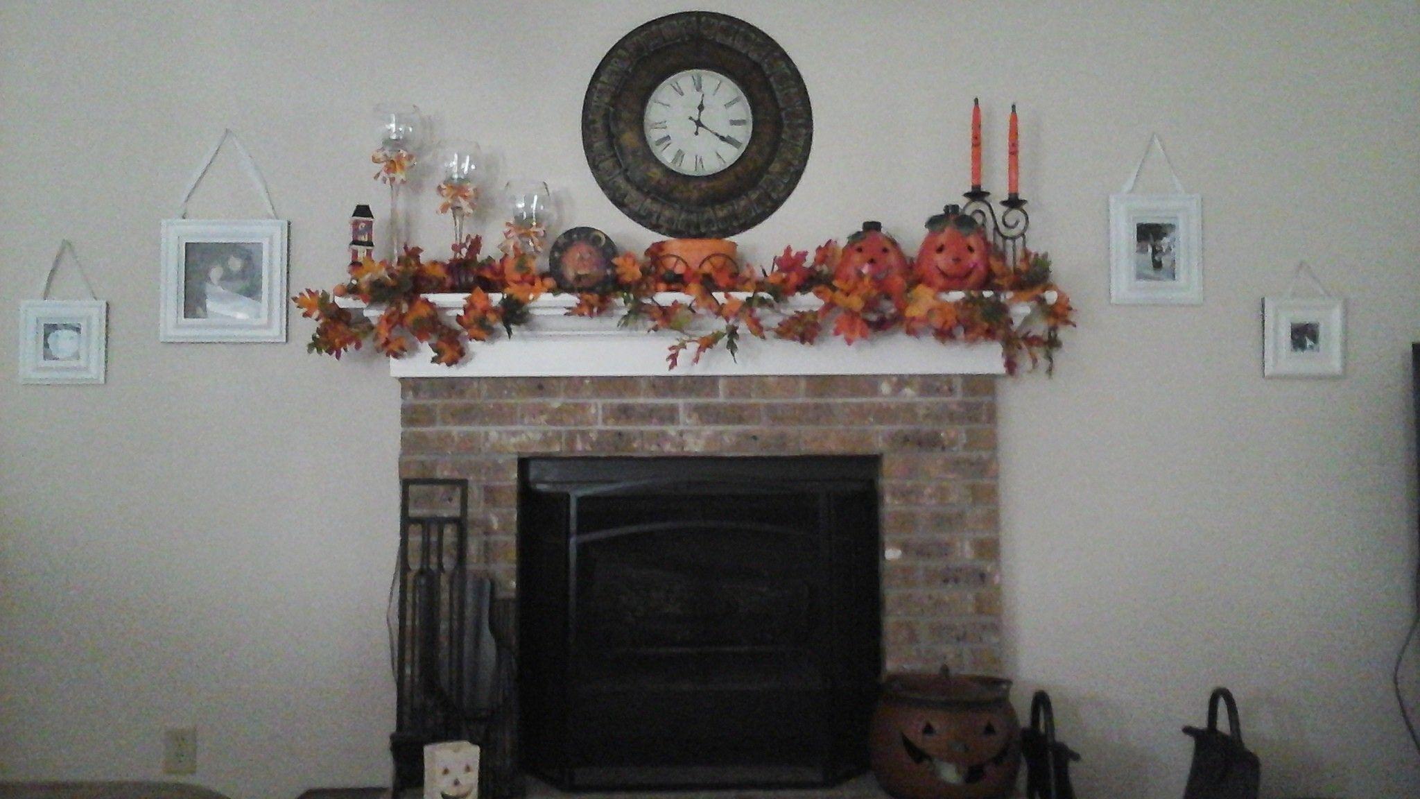 Halloween mantle!