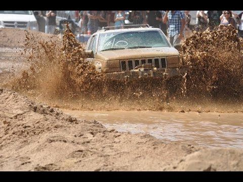 5 2l Jeep Grand Cherokee At Apple Valley Mud Bogs Mud Run Mud Bog Jeep Grand Jeep Grand Cherokee