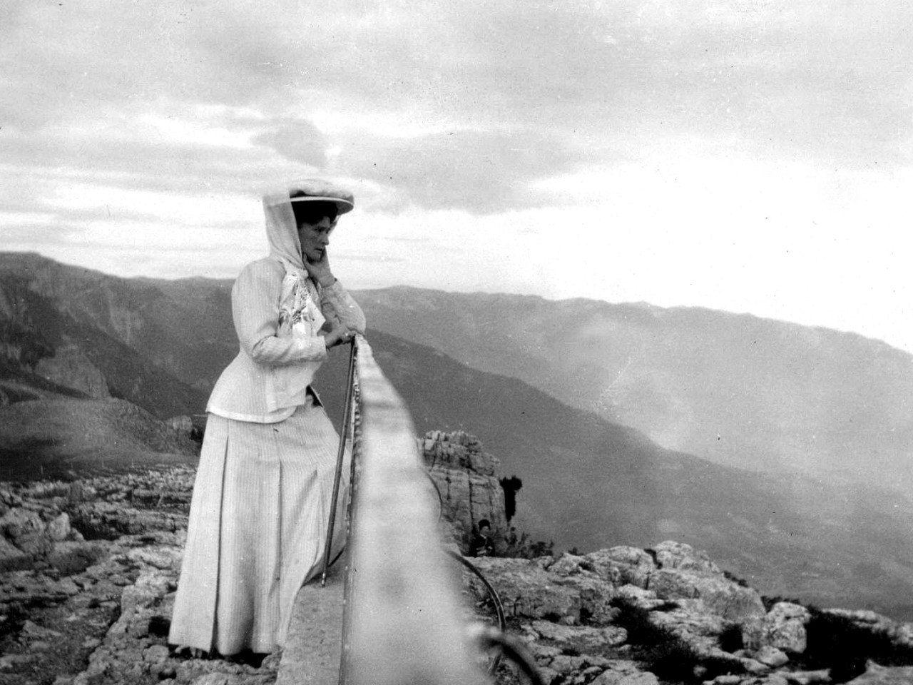 Императрица Александра Федоровна на Ай-Петри, 1912   Фото ...