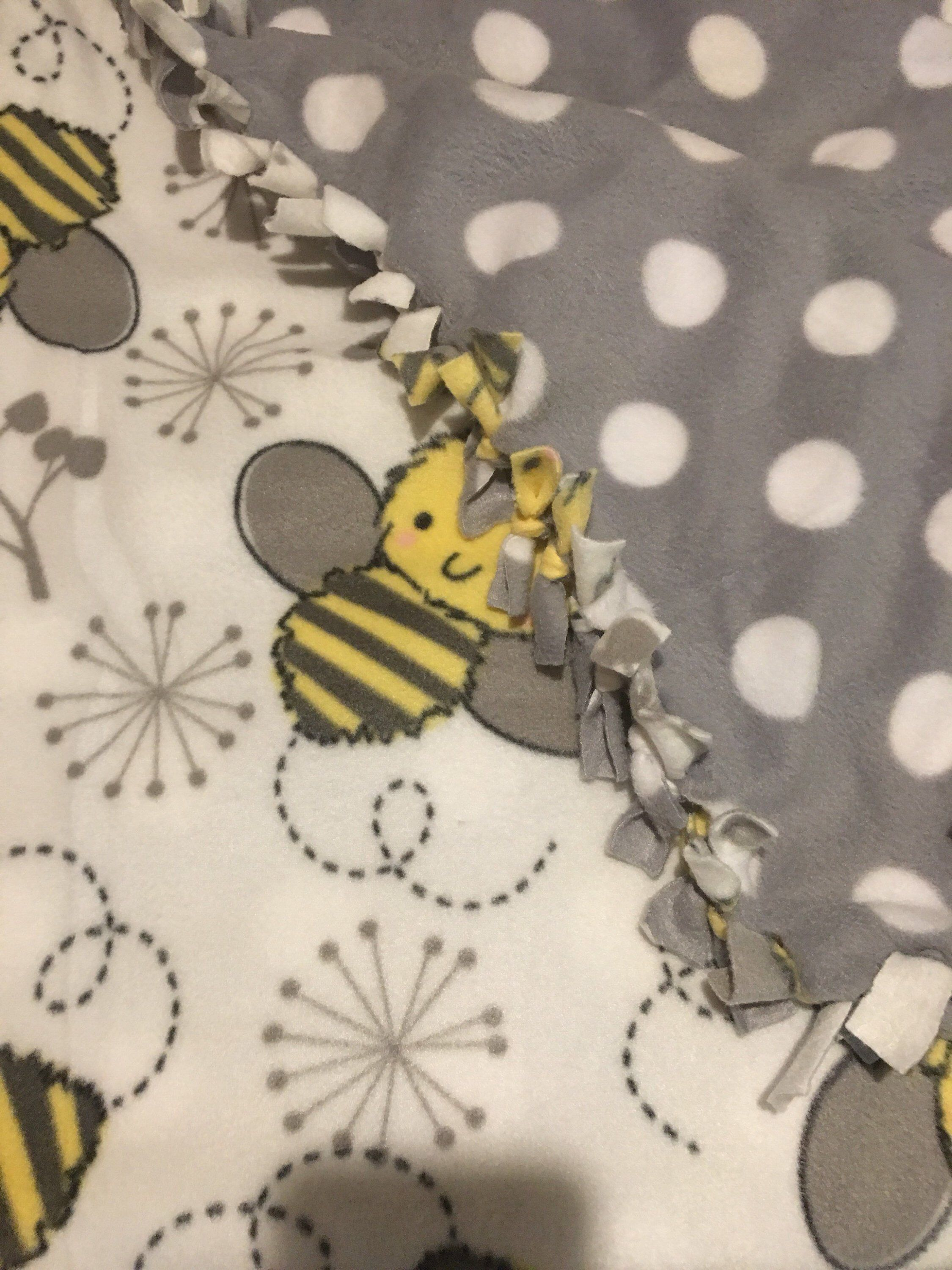 Grey Bumble Bee Soft Throw Manchester Bee Blanket Comfy /& Soft Ideal for Bedroom