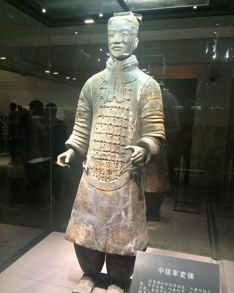 #warrior #warriors #wendywutours #chinastyle #china #xian #pit2 #terracotta #terracottawarriors #terracottaarmy #travel #trip #china2015