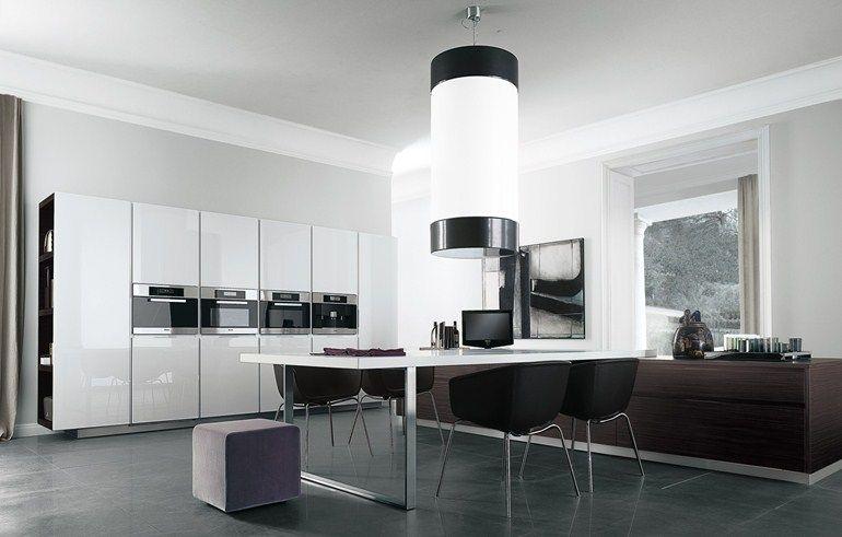 Lacquered wooden kitchen MATRIX by Varenna by Poliform | design Paolo Piva