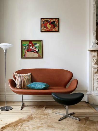 Arne Jacobsen For Fritz Hansen Swan Sofa Love The Marble Column Too