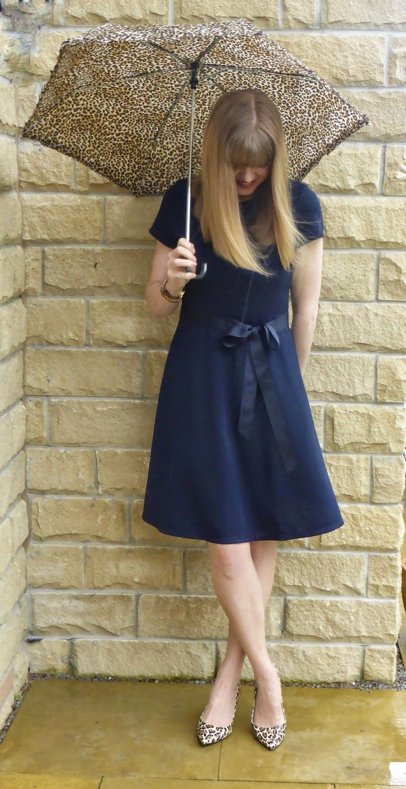 Navy dress outfits, Navy dress, Outfits