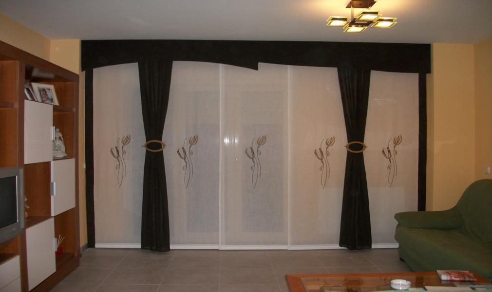 Paneles con caidas coordinadas sliding panels ii paneles - Visillos para salones ...