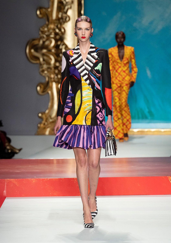Moschino Spring Summer 2020 Fashion Show | Stile di moda