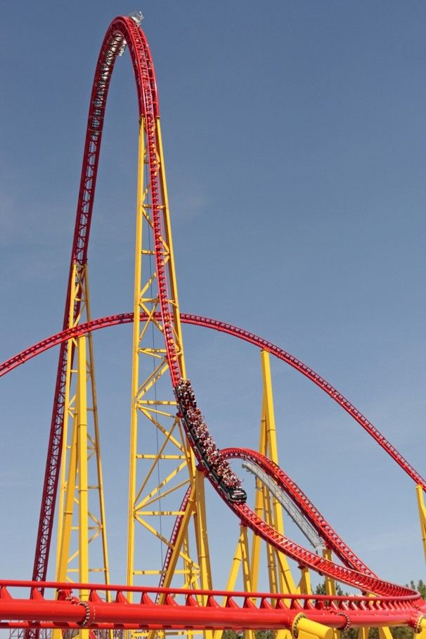 At 305 Feet Tall Intimidator Is The Tallest Coaster In King S Dominion And Can Reach Sds Of 90 Miles Per Hour