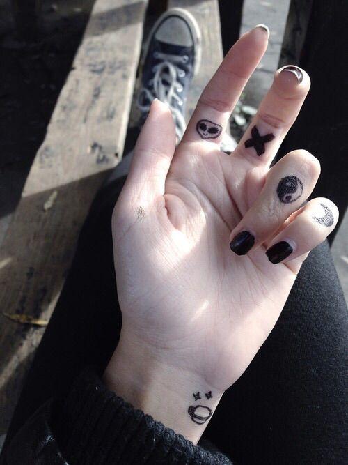 Image Via We Heart It Fashion Girl Grunge Tattoos Tumblr