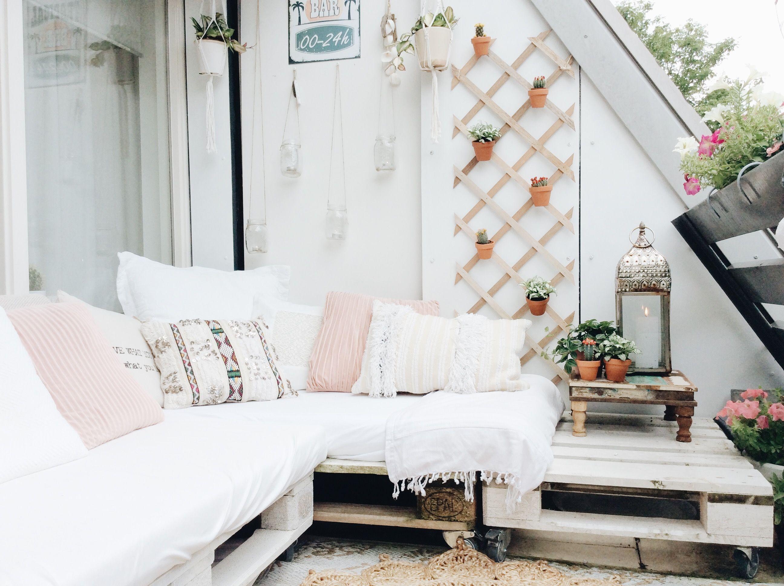 Balcony bohemian style, by @lovedbysheila on instagram | My white ...