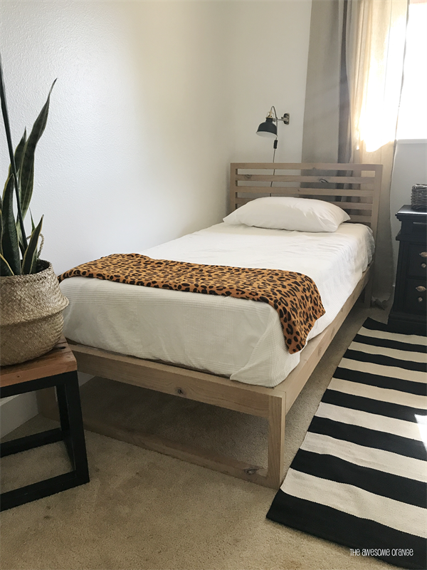 Dieser Einfach Zu Erstellende Moderne Einzelbettplan Verleiht Ihrem Dieser Einfach Einzelbettplan Erstellende I In 2020 Bett Plane Kostenlos Planer Einzelbett