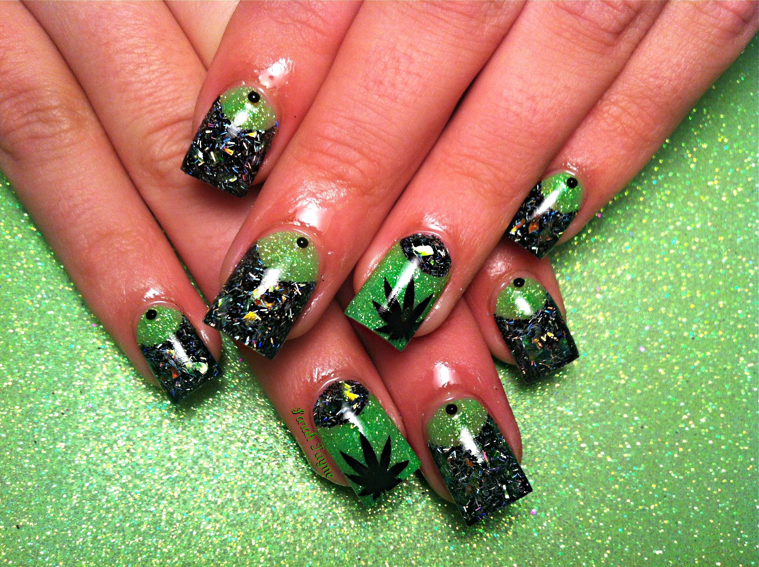 Stoner 4:20 nails | Makeup & Nails | Pinterest