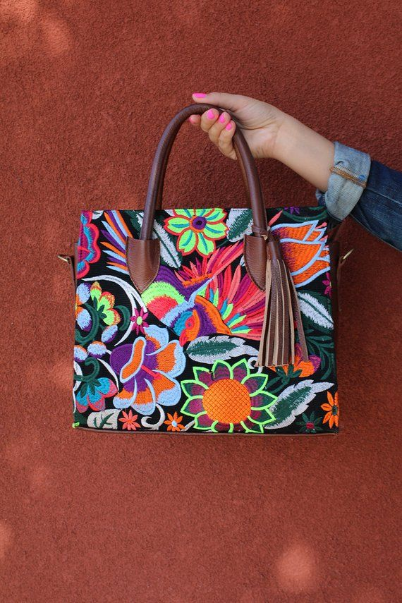 32a4c0441ea Mexican Otomi Purse (Embroidered Bag 100% Real Leather Purse Mexican  Handbag Bohemian Otomi Bag Tote