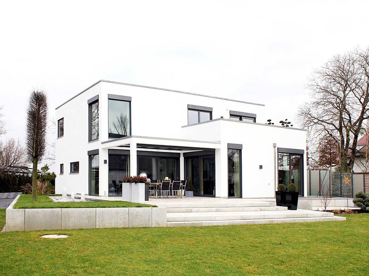 Haus homestory 109 bauhaus cubus von lehner haus for Minimalistisches haus grundriss