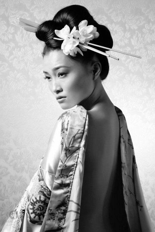 Les Coiffures De Geisha Vetements Et Style Unique Coiffures