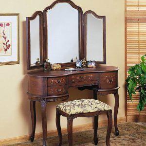 Antique Queen Anne Bedroom Set | http://greecewithkids.info ...