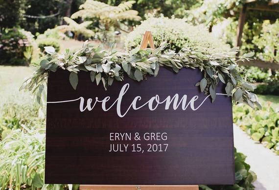 Welcome Sign for Wedding, Personalized Wooden Painted Sign for Wedding Entryway Display, Rustic Wedding Decoration Sign (Item – WEL600)