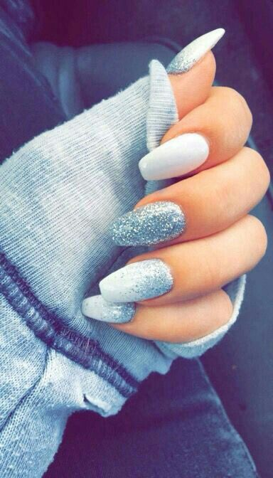 Love These Nails Super Nice For Winter Prom Nails Pinterest