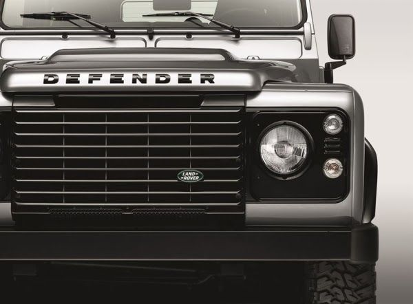 LAND ROVER PRETO E PRATA - ... And This is Reality