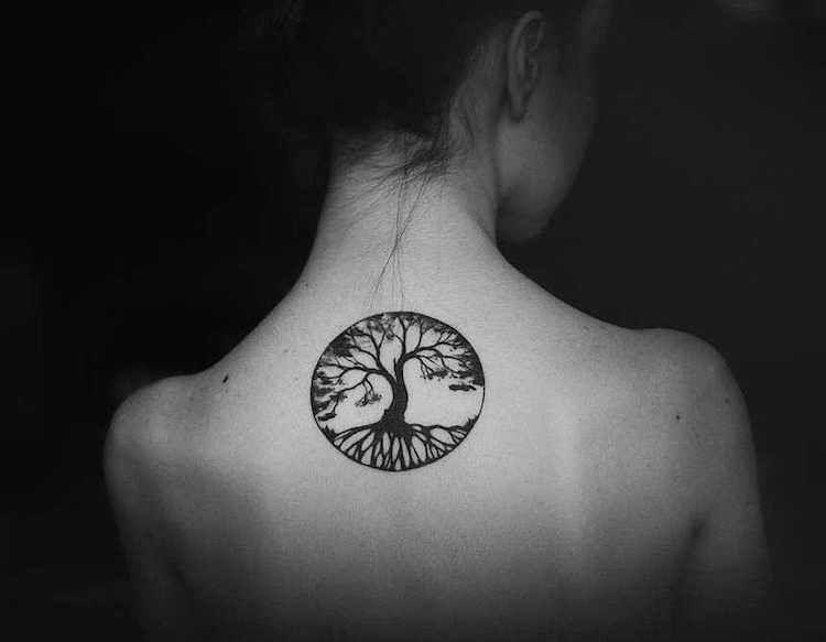 tatouage arbre de vie unit de signification profonde et design attractif tatouage. Black Bedroom Furniture Sets. Home Design Ideas