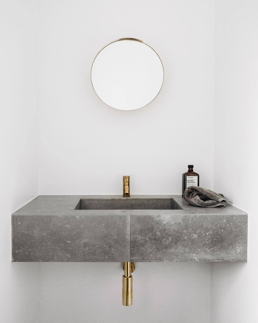 Minimalistischer Einrichtungsstil: Bad WC Mit Waschtisch