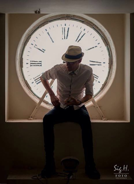 Time is on my side II  (Photo Sigurd Øyvang,model Kim Wild)