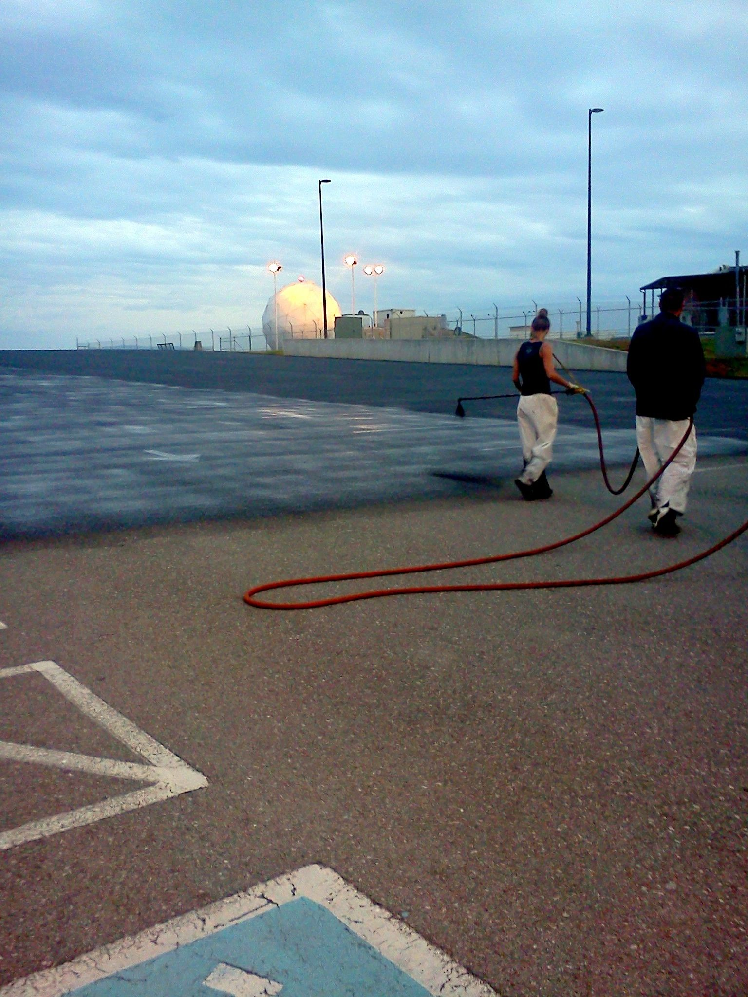 865-680-9225 parking lot Sealcoating pavement marking handicap painting pavement resurfacing in Knoxville Tennessee 865-680-9225