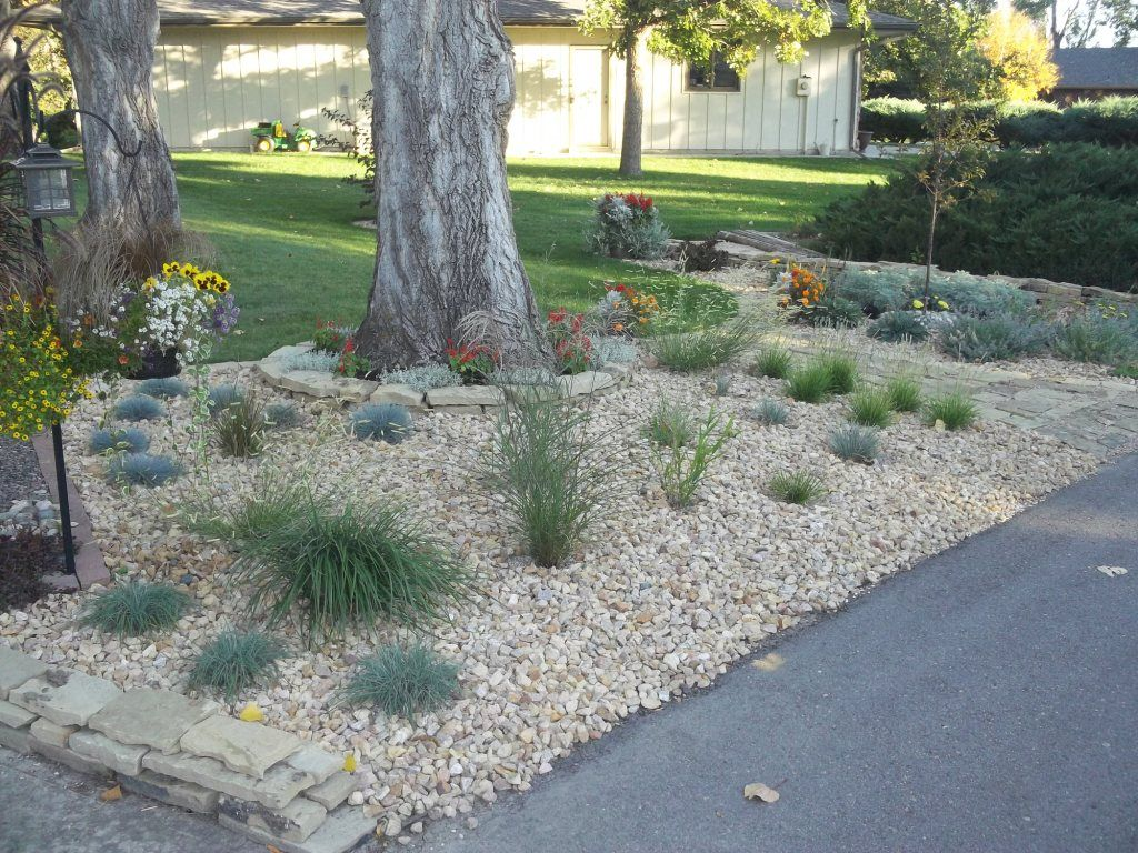 mini front yard rock landscaping rocky yard will please. Black Bedroom Furniture Sets. Home Design Ideas