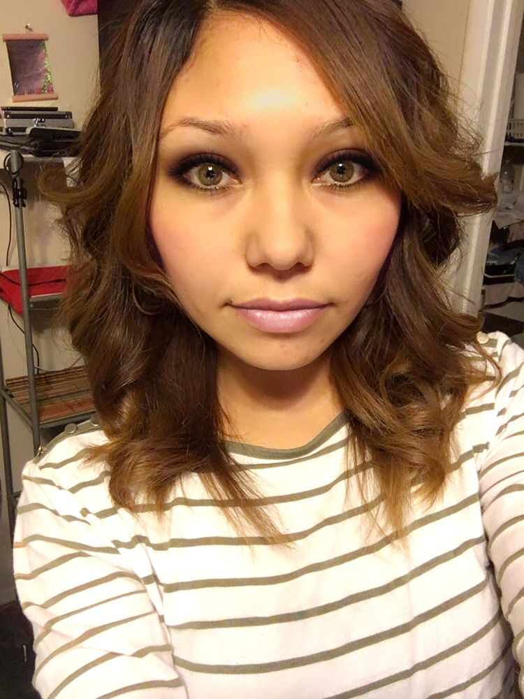 Is not make up. It's an app called 'YouCam Makeup'