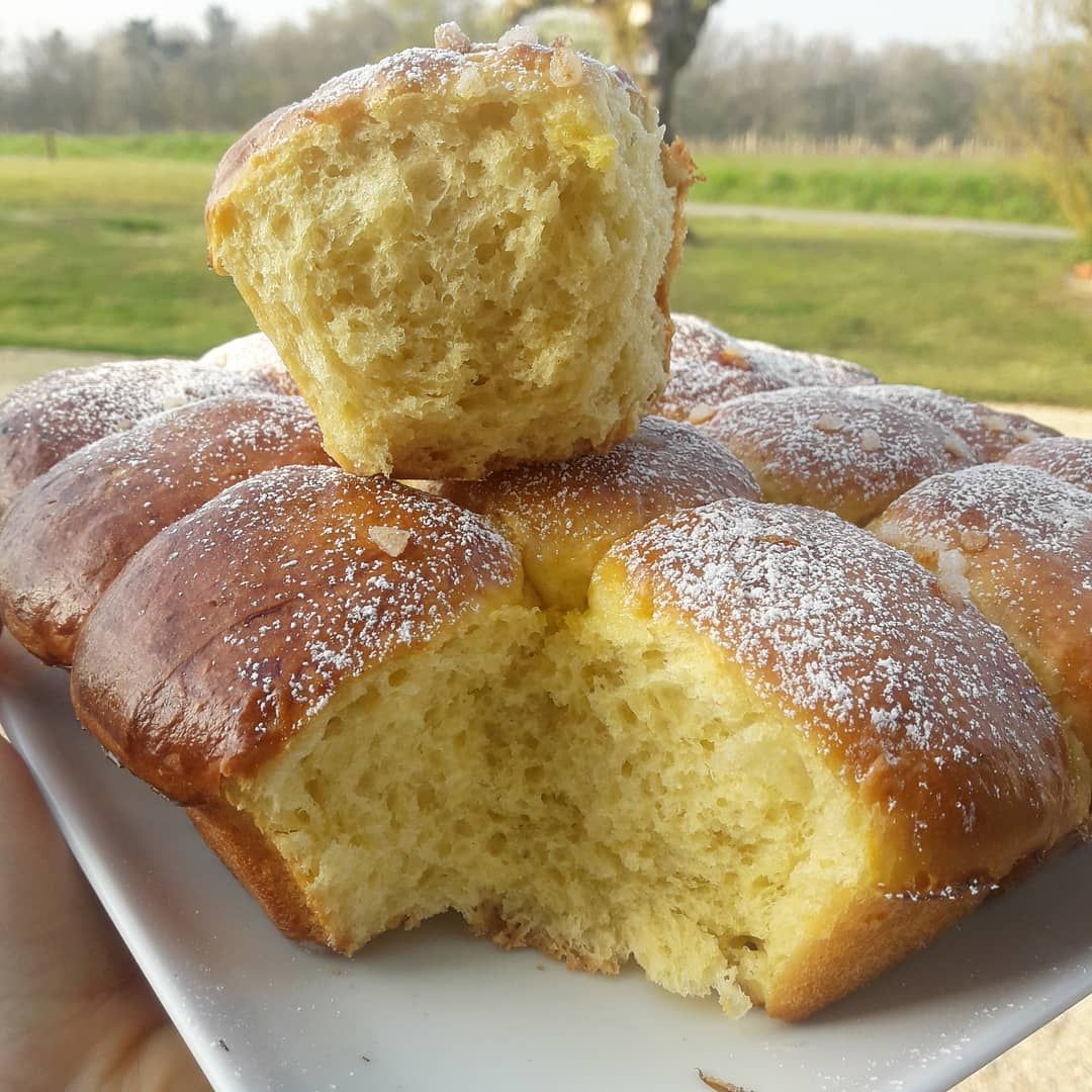 Dimanche = brioche ! Qui en veut?  Recette de @healthy__laura . . .#goûter #happyday #instafood  #yummy  #breakie #eatcl...