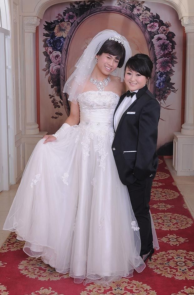 You Yao And Sun Bin Bride And Groom Swap Clothes Ideas For The